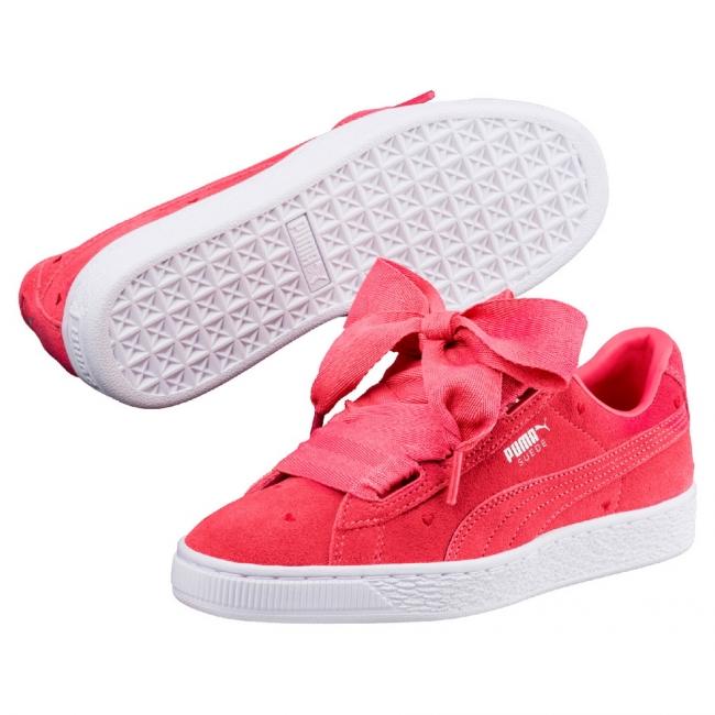 61085a966241c PUMA Suede Heart Valentine shoes