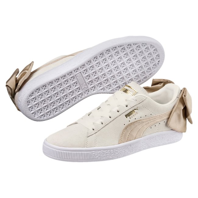 Puma Pink 100% Suede leather, Bow:, 100% Polyester, Soles:, 100% Rubber Sneakers with bows |