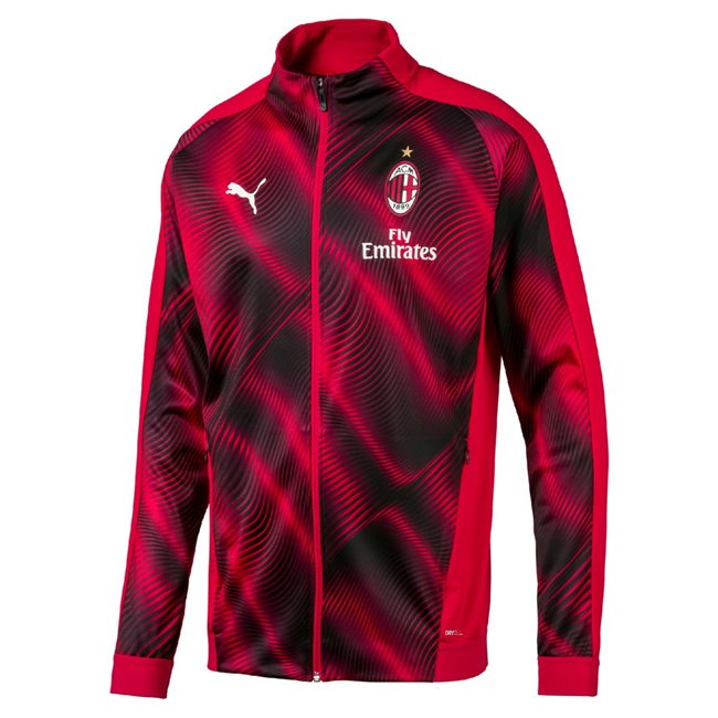 AC Milan Stadium men jacket, Colour: Black, Material: polyester, Archive No. 1 Logo rubber print on the chest Water repellant clever fabric not only protects you from winds but keeps you comfortable in wet conditions too Made with RDS certified down Packaway hood Full zip closure with branded zipper Sherpa lining at collar Kangaroo style patch pockets for storage solution Elasticated cuffs Elastic drawcords at hem with plastic cord stopper Regular fit